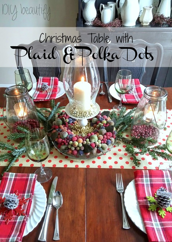 plaid and polka dots Christmas table
