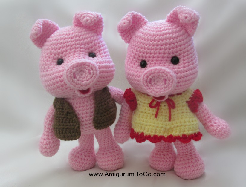 Free Printable Amigurumi Animal Patterns : Dress Up Pigs Free Pattern ~ Amigurumi To Go
