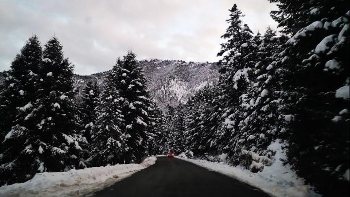 Χιόνι και τσουχτερό κρύο έφερε η κακοκαιρία «Μήδεια» στη Βόρεια Ελλάδα