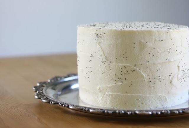 Vanilla Poppy Seed Cake #cake #desserts