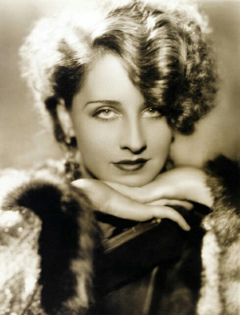 NORMA SHEARER HOLLYWOOD GREAT