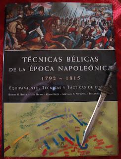 Portada del libro Técnicas bélicas de la época napoleónica, de varios autores