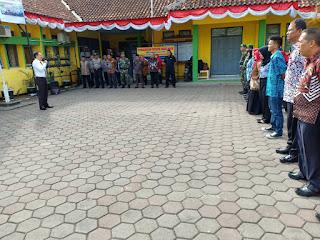 #ApelPagiGabungan  Dipimpin Camat Szm apel gabungan dilaksanakan dengan tetap semangat di halaman kecamatan