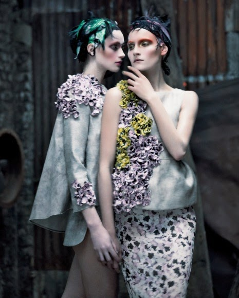 New-Florals-By-Damian-Foxe-For-How-To-Spend-It-Magazine-02