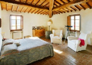 Western Home Decorating: Tuscan Bedroom Ideas