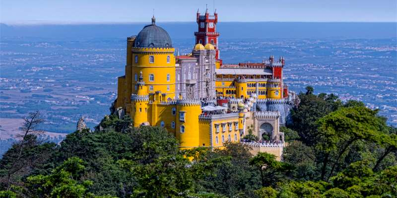 Pena Palace (Portugal) - Moniedism