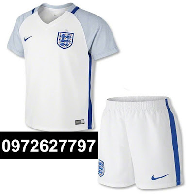 England trắng