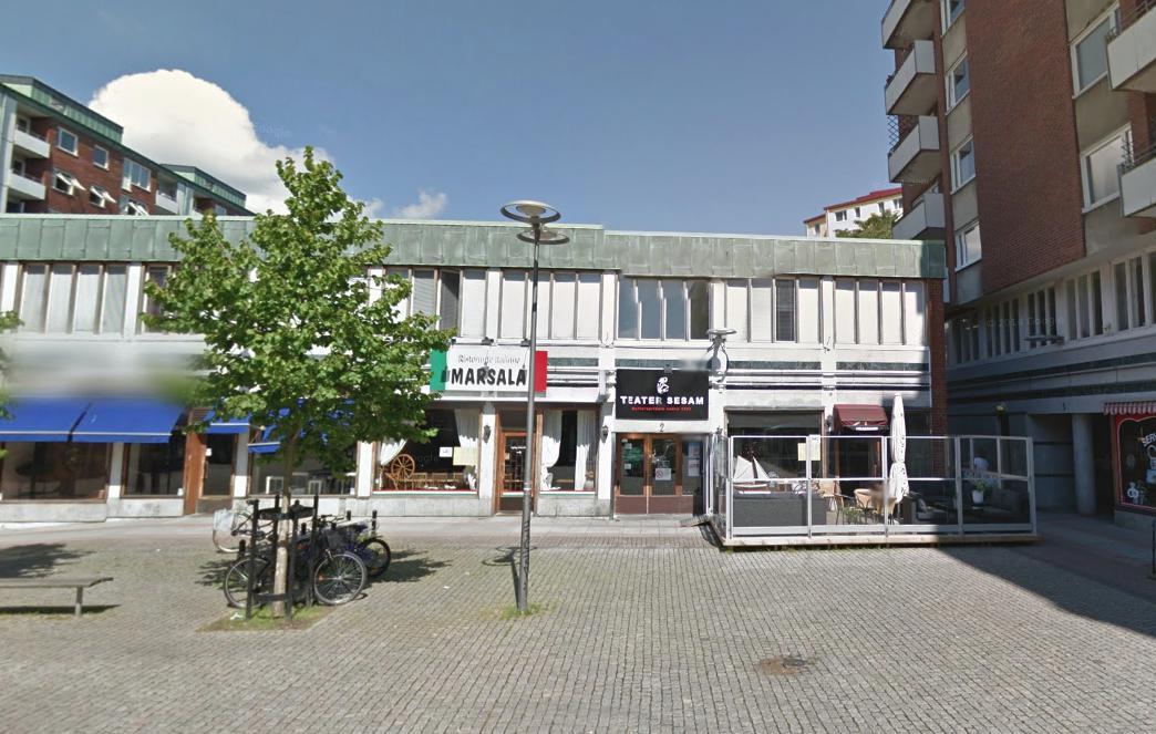 Uzspridzina restorānu Gēteborgā