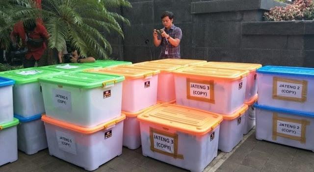 Dipersoalkam Hakim MK, Tim Hukum Prabowo-Sandi Tarik Bukti C1 yang Diajukan ke MK