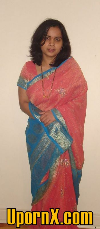 Akshaya kerala girl nude boobs n pussy show 5