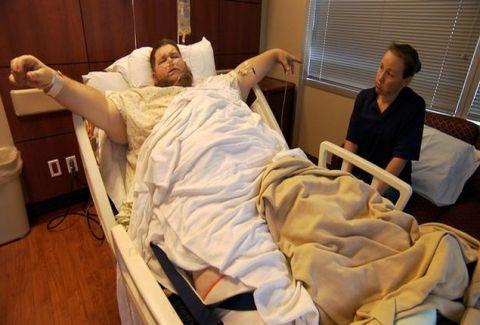 Η συγκινητική ιστορία ενός υπέρβαρου πατέρα: Αγωνίζεται να χάσει 214 κιλά για να βλέπει την κόρη του