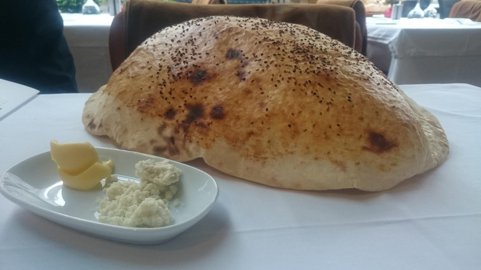 khorasani restaurant tandır ekmeği