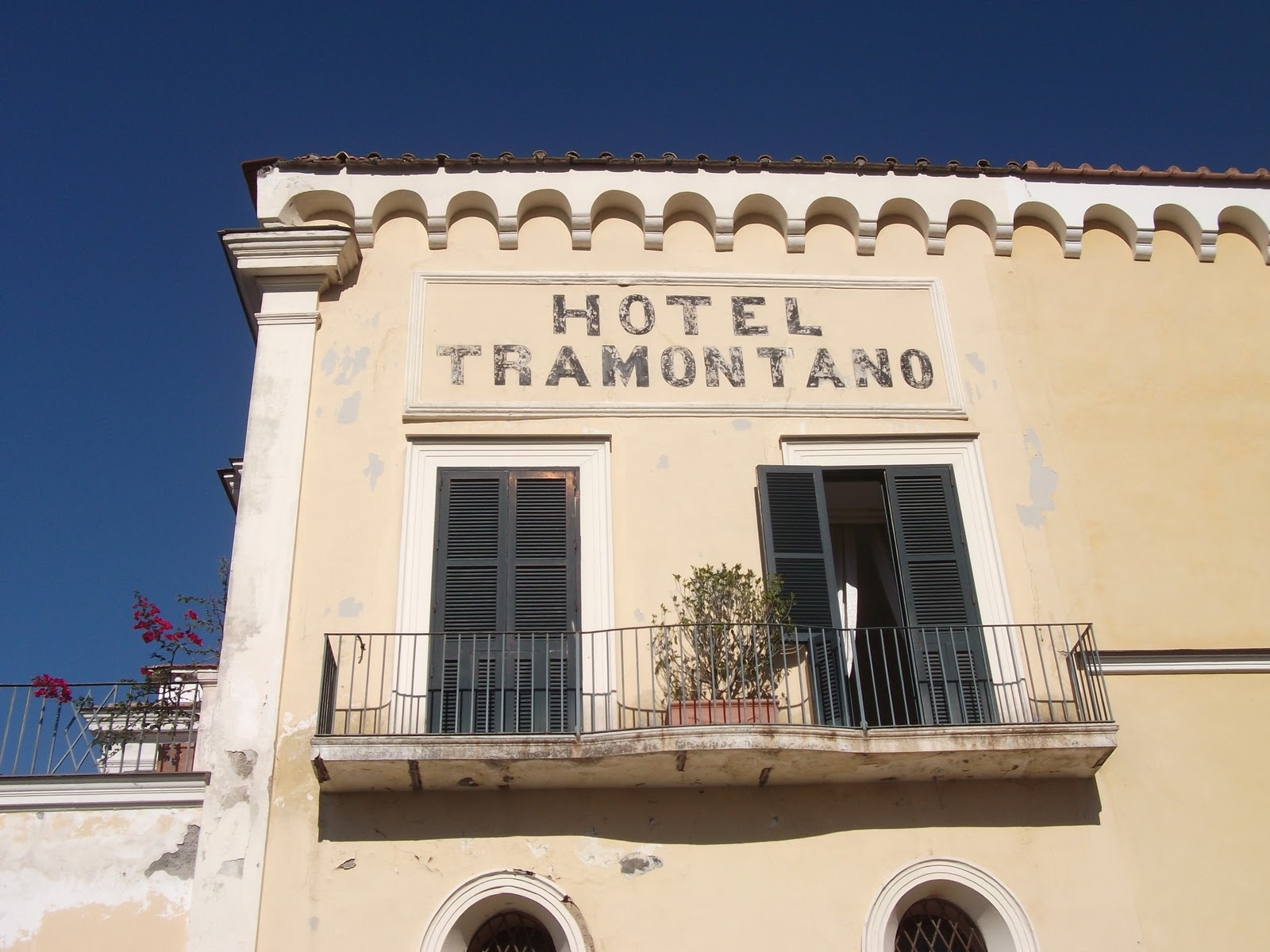Imperial Hotel Tramontano Has Inspiring Setting In Soro Best Of