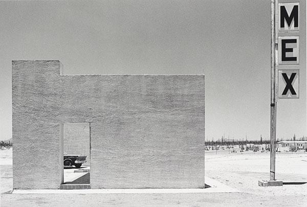 Grant Mudford, fotos en blanco y negro chidas, soledad surrealista, imagenes
