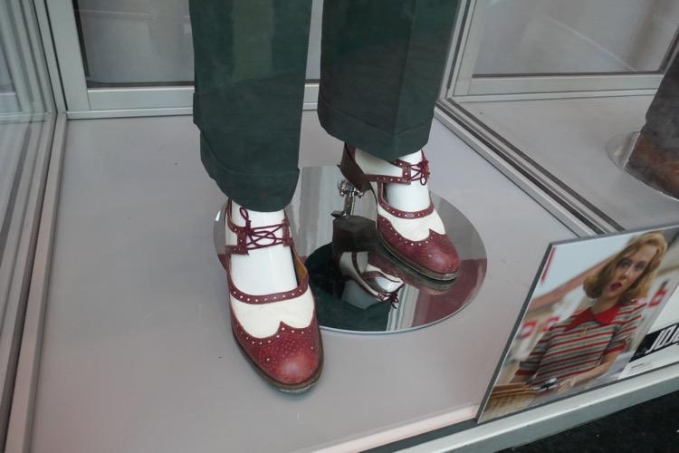 Scarlett Johansson Jojo Rabbit Rosie costume shoes