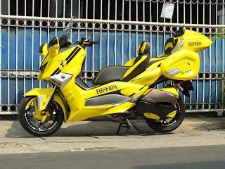 Modifikasi XMAX 250 TOURING STYLE Kuning Ngejreng