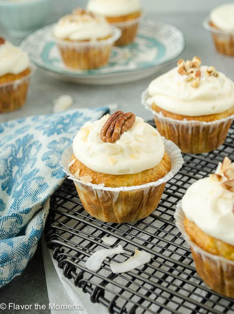 Classic Hummingbird Cupcakes | Image courtesy Flavor the Moments