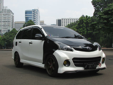 Modifikasi Avanza Ceper Veloz Hitam Putih Silver All New
