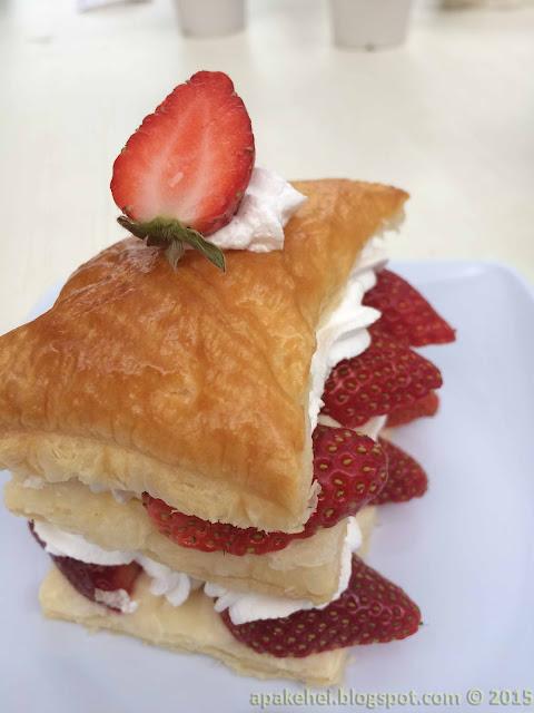 Green View Garden Cafe - Strawberry Bread