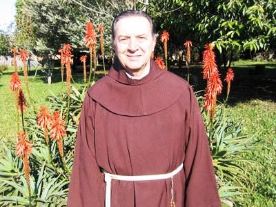 Padre Romano Zago, padre dell'Aloe Arborescens