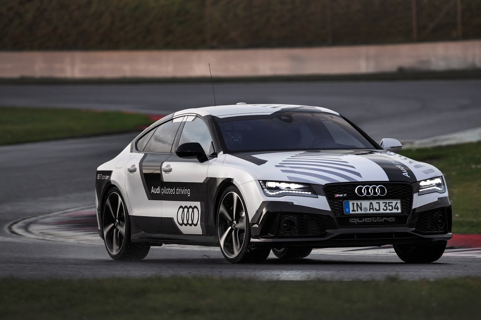 audi2 To 2016 έρχονται οι αγώνες αυτόνομων αυτοκινήτων! Audi, Audi RS7, zblog, αγωνες