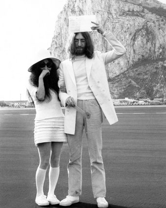 john lennon and ono yoko relationship trust