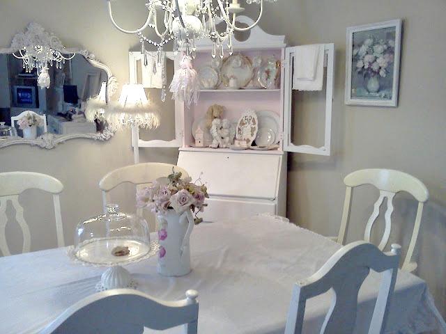 Shabby Chic Dining Room: Olivia's Romantic Home: Shabby Chic Dining Room