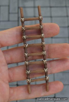 Escalera con cuerda