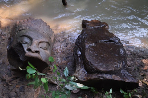 'Tug-of-war' statues found near Bayon Temple