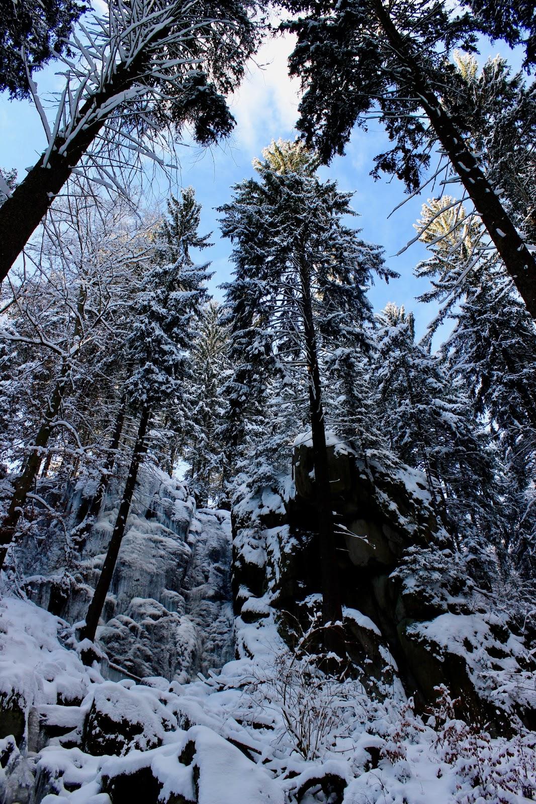 Blauenthaler-Wasserfall-Eibenstock-winter-frozen-schnee-erzgebirge