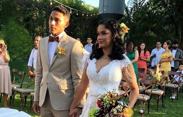 Cantora Manú Paiva se casa com, baixista Andrew Felipe no MT