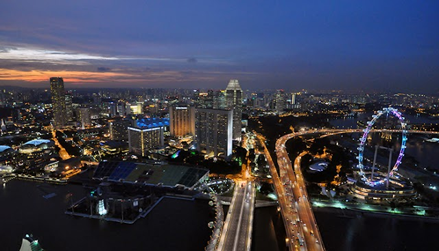 Traveling self-sufficient Singapore: discover Marina Bay