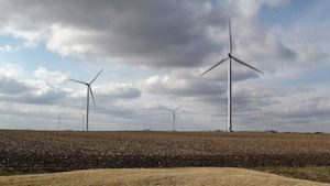 Wind Power in Rural Iowa, United States (Credit: Voice of America) Click to Enlarge.
