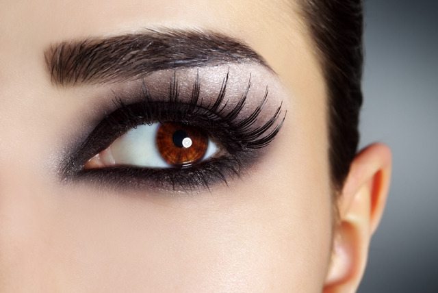 Look Fabulous this New Year with these 5 makeup looks ...