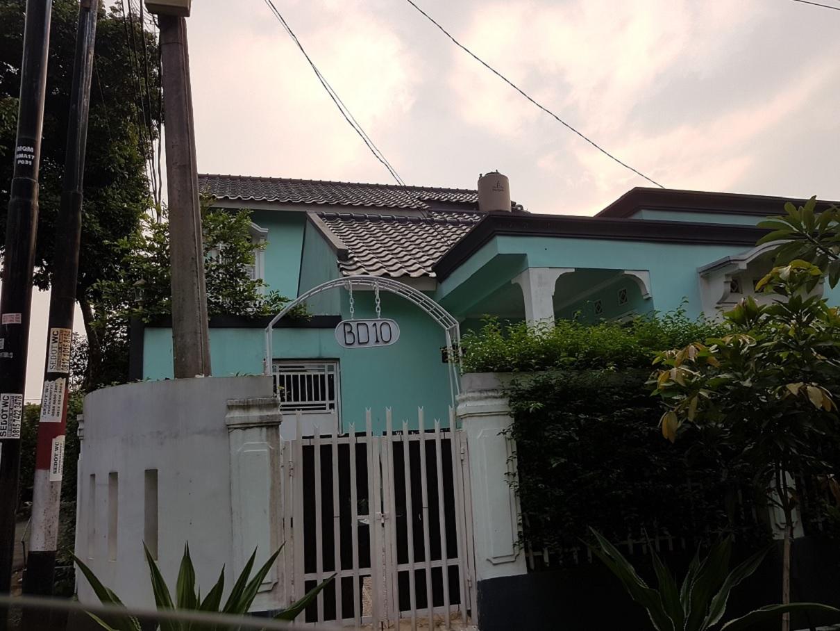 Hasil proyek Renovasi total pengembangan rumah 1 lantai menjadi rumah 2 Lantai milik Bpk Bagus di perumahan Menteng Asri, Bogor, Tahun 2015