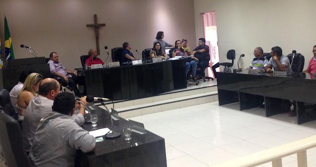Vereadores oposicionistas se rebelam, e deixam sessão ordinária em Ipueiras