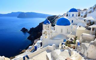 Best Greek Islands for Honeymoon santorini