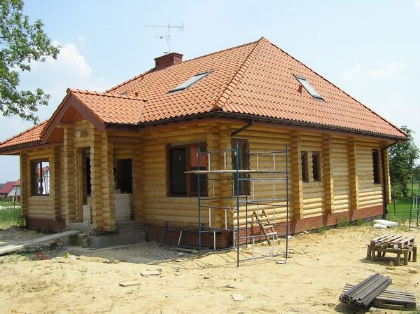 Domy z bali domy z drewna for Case di legno rumene