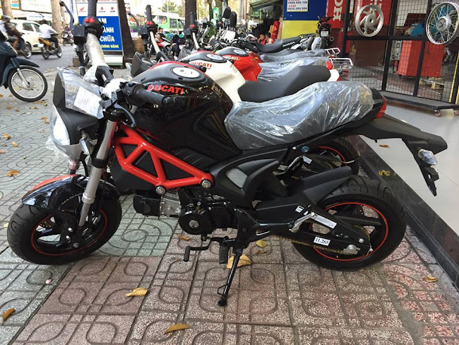 """Ducati Minibike Giá Chỉ 30 Triệu Tại VN Khiến Dân Chơi Xe """"PHÁT CUỒNG"""""""