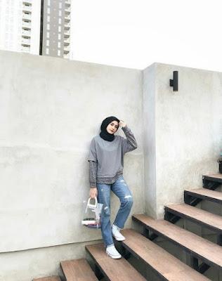 gaya foto ala hijabers keren kekinian