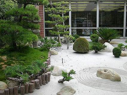 Ideas on Small decorated courtyards 8