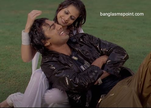 Dev and Koel Mallick Love Photo