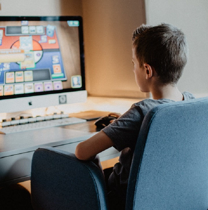 Child learning at home with online educational resources.