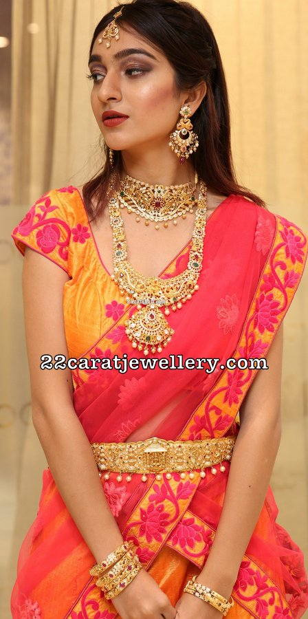 Isha Iqbal at Manepally Jewellers