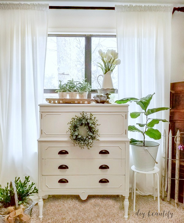 white cottage dresser