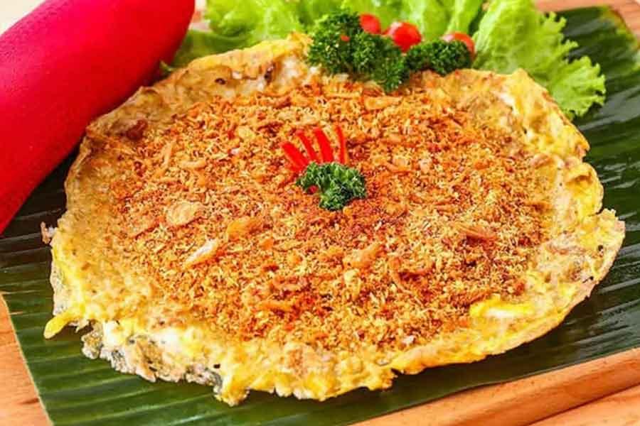makanan khas betawi jakarta Kerak telor