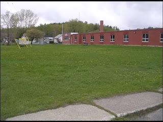 स्कूल का मैदान