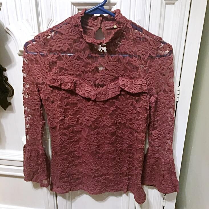 Lily White mauve lace bell sleeve top
