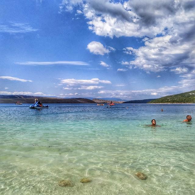 widok na most Krk, otok Krk, wyspa Krk, Chorwacja północna