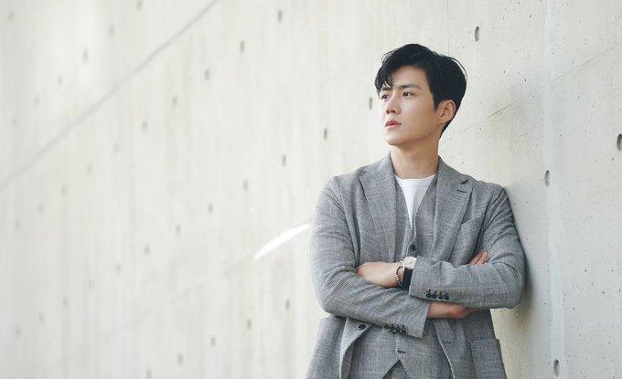 Han Ji Pyeong adalah tokoh second lead di Drama Start-Up yang diperankan Kim Seon Ho